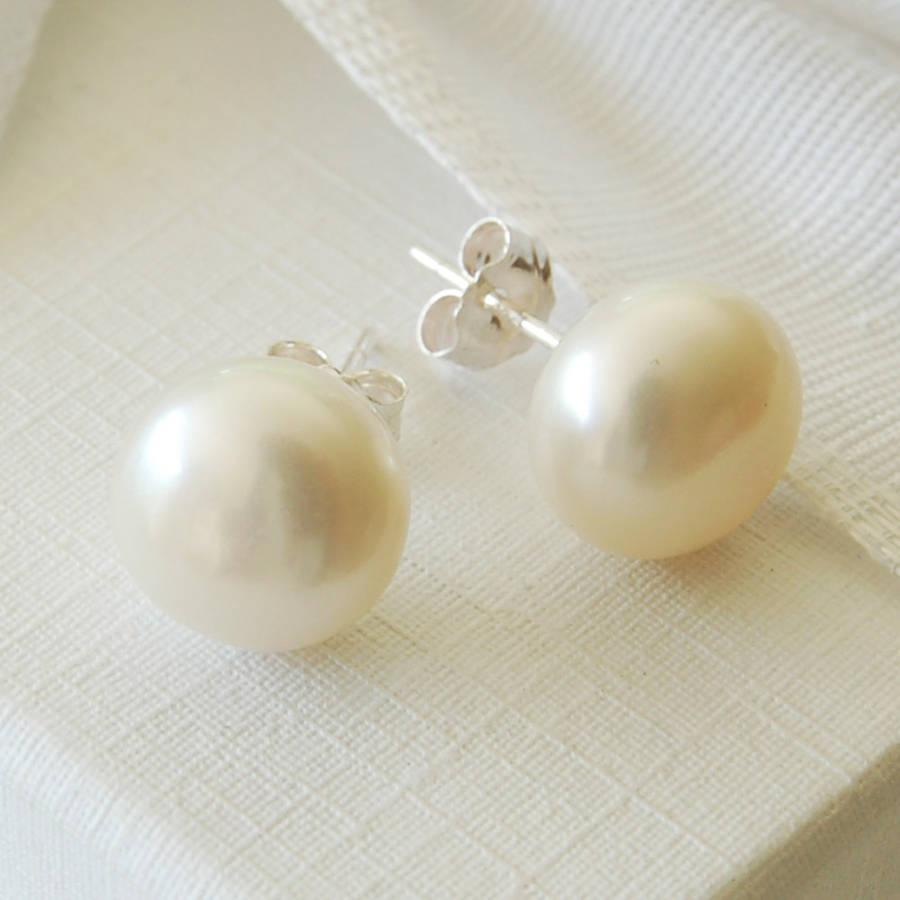 Sterling Silver White Pearl Stud Earring 10mm