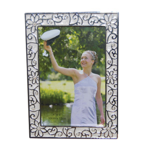 Pearl Collection Photoframe (4 x 6)