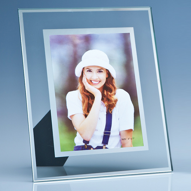 Clear Glass Photo Frame with Mirror Inlay (5'' x 7'')
