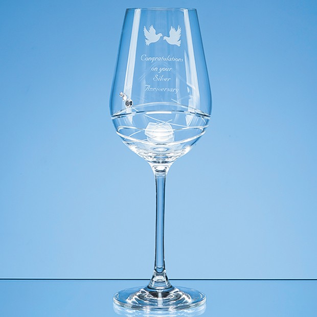 Personalised Single Diamante Wine Glass with Modena Spiral Cutting